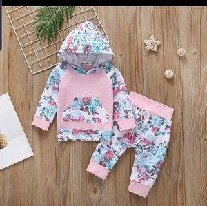 baby girl 2 pieces set size 6M